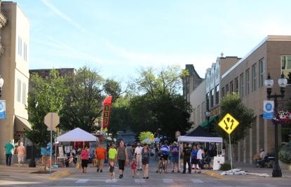 Muscatine Second Saturday street
